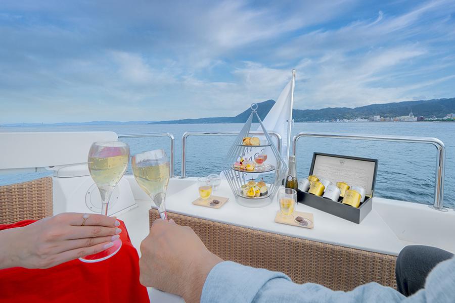LUXURY CRUISING Elegant Resort life on the Sea.